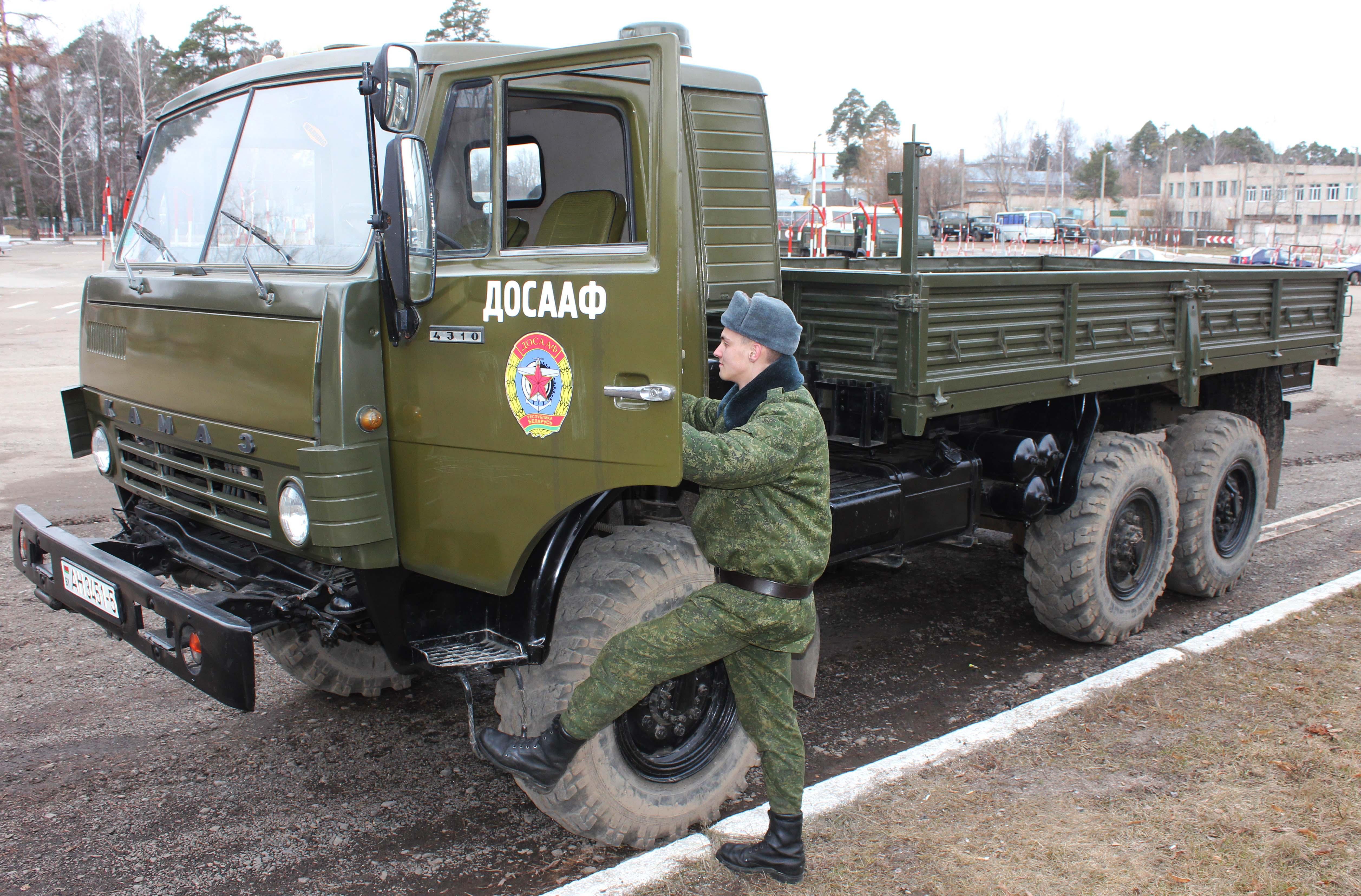 Переподготовка военных водителей — одна из задач Борисовской ООС ДОСААФ